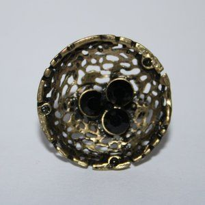 Vintage style bronze and black large faced ring 6